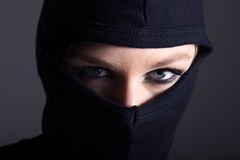 burglar-woman-mask-nice-eys-39188188