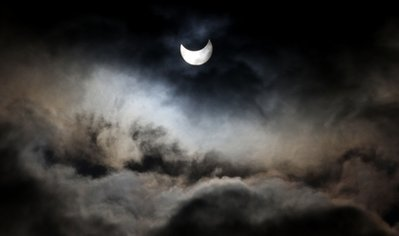 APTOPIX Mideast Israel Palestinians Solar Eclipse